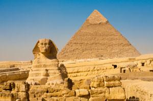 sphinx_pyramids_300px